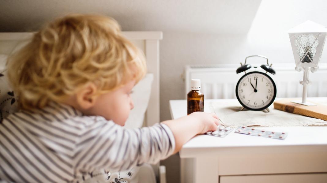 Pass på å holde medisiner og andre farlige ting utilgjengelig for barn. Illustrasjonsfoto: iStock