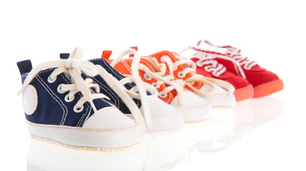 Mange barn har for små sko. Illustrasjonsfoto: Shutterstock