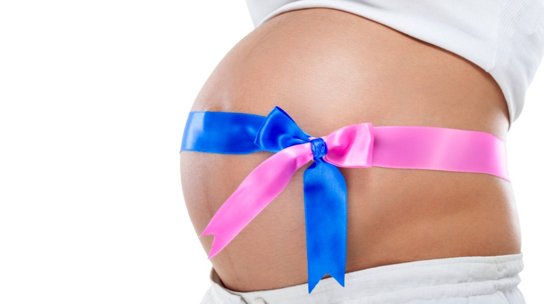 En surrogat eller surragatmor bærer fram et barn for noen andre. Illustrasjonsfoto: iStock