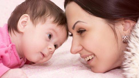Ryddig Lek med det nyfødte barnet ditt! | Babyverden.no VE-83
