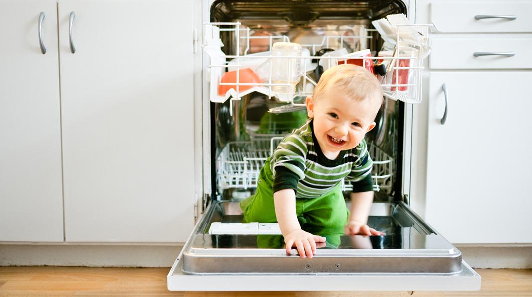 Ikke vær redd for å si nei. Jo tydeligere du klarer å være, jo tryggere vil barnet føle seg. Illustrasjonsfoto: iStock