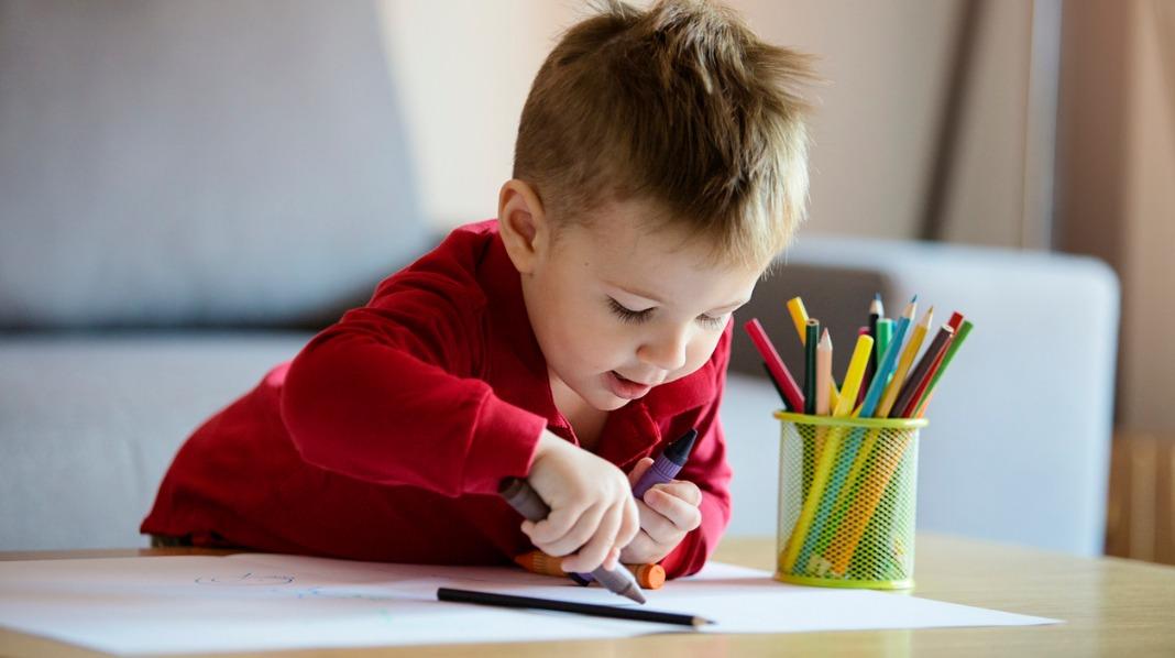 Slik lærer barn å tegne