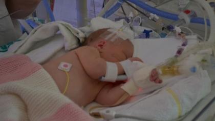 Infeksjon satte nyfødte Emma i livsfare