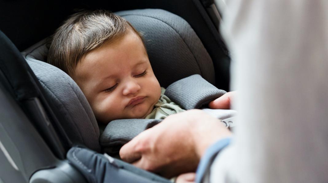 baby bilstol forsetet