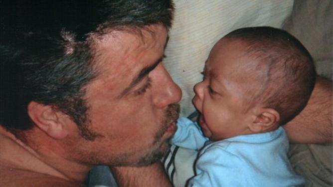 Her er Adrian nesten fem måneder gammel.
