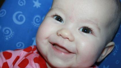 Vakre lille Nelle blir født