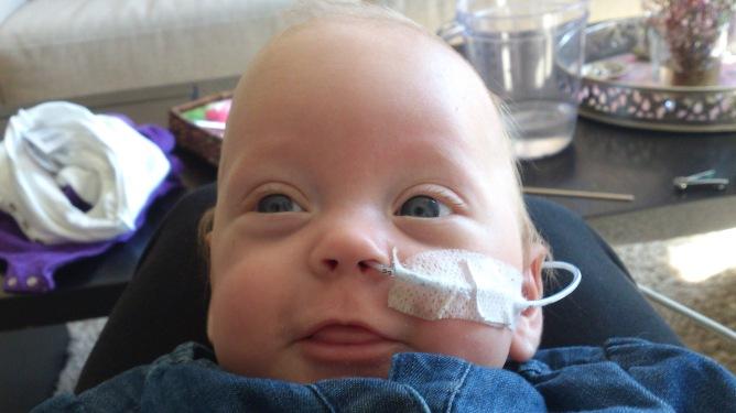 Ella har overlevd mer enn de fleste på samme alder. Her er hun strålende blid og fornøyd, 5 måneder gammel. Alle foto: privat