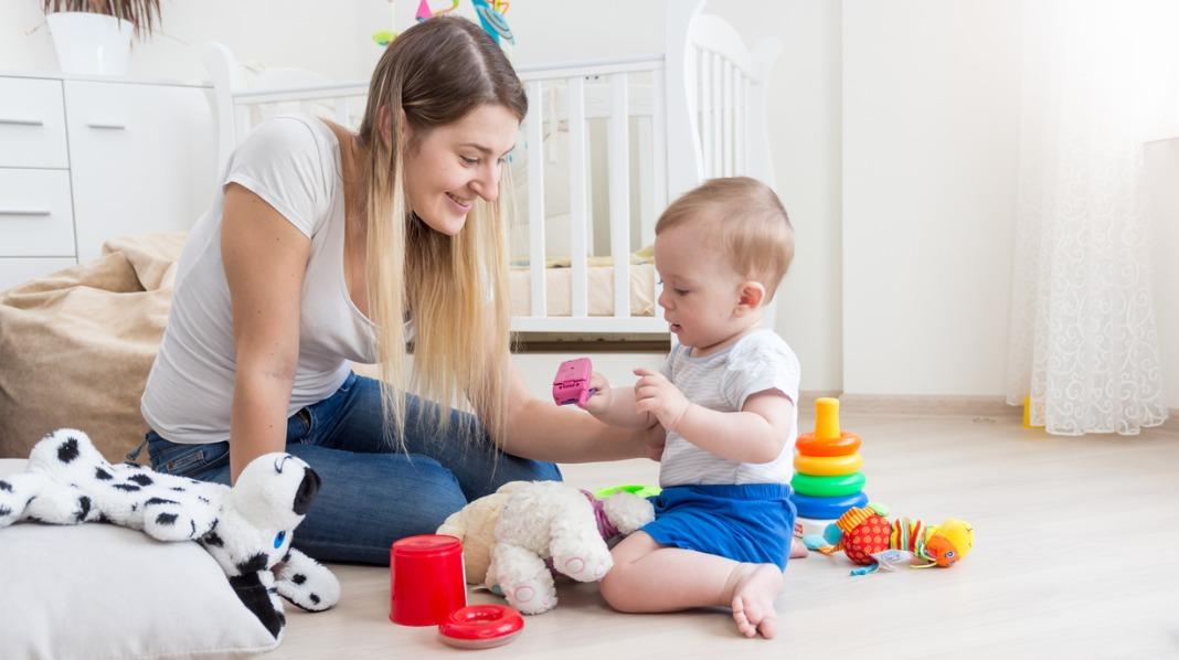 Det er viktig å være mentalt til stede med barnet om ettermiddagen, mener helsesykepleier. Illustrasjonsfoto: iStock