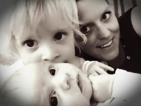 Rett etter fødselen kjente Ida at hun var like glad i Emil og Ea Sofie.