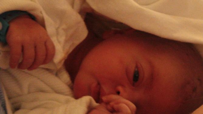 Nyfødte Viljar. 4270 gram, 52 centimeter og helt perfekt. Foto: privat