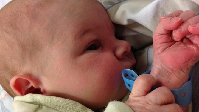 Nydelige lille Julian. Begge foto: privat
