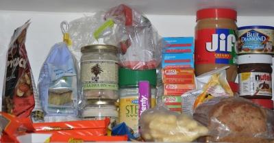 Ikke så lett å være sunn når kjøkkenskapet ser sånn ut.