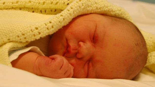Nyfødt og fin.