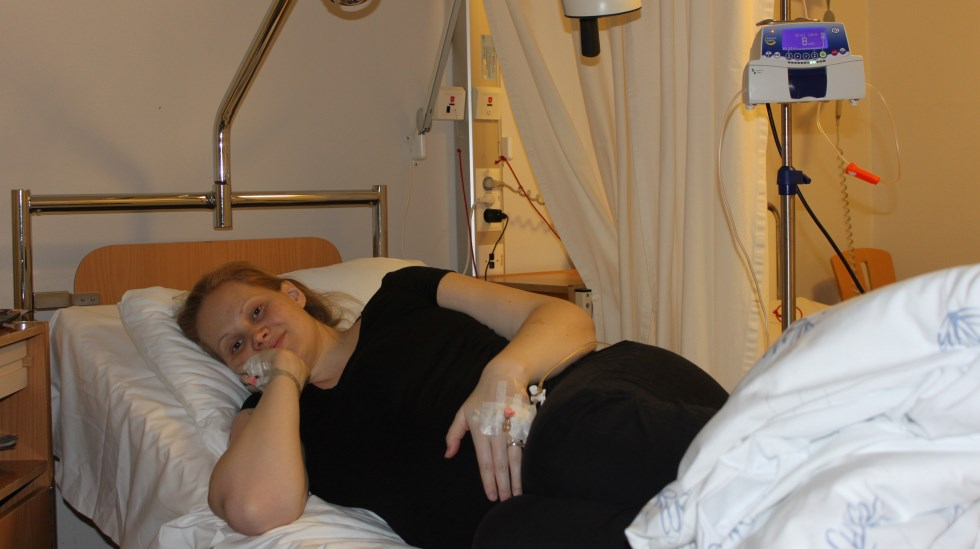 Lilja i sykehussengen. Foto: privat