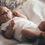 Babyens første smokk