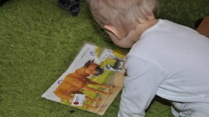 Barn og bøker er en magisk kombinasjon. Foto: privat