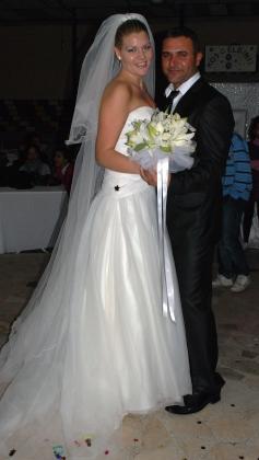Hege og Hanifis brudebilde. Foto: privat