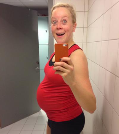 Ferdig med dagens spinningøkt, som viste seg å være to dager før fødselen! Formen var fortsatt helt fin, og Mari trodde hun skulle få god til til mer sykling de neste 3 ukene. Men babyen ville det annerledes.