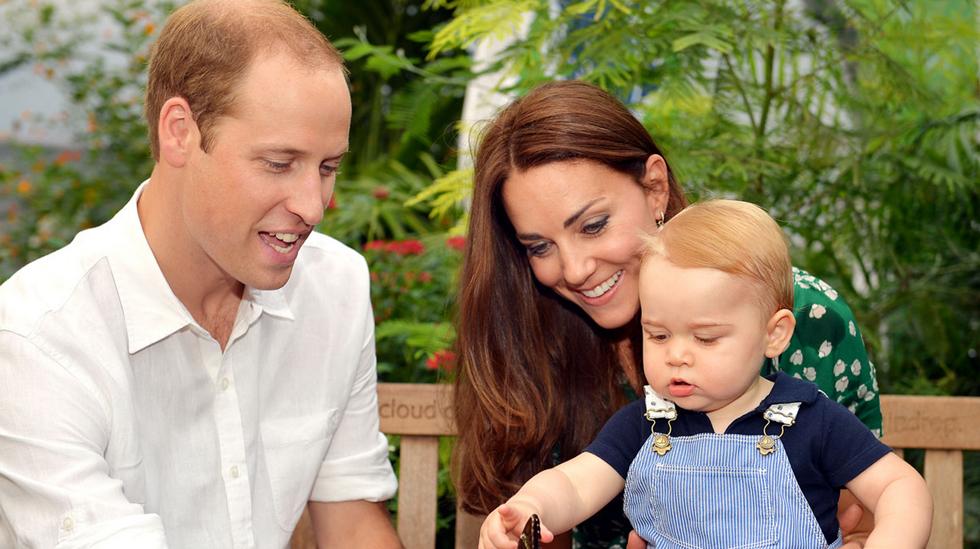 William og Kate sammen med sønnen George da han feiret sin første bursdag 22. juli 2014. Bildet er hentet fra www.dukeandduchessofcambridge.org