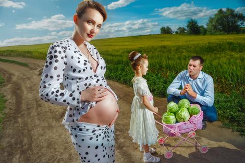 Dalmatinerdrakt, dukkevogn fylt med kålhoder... Hva?!