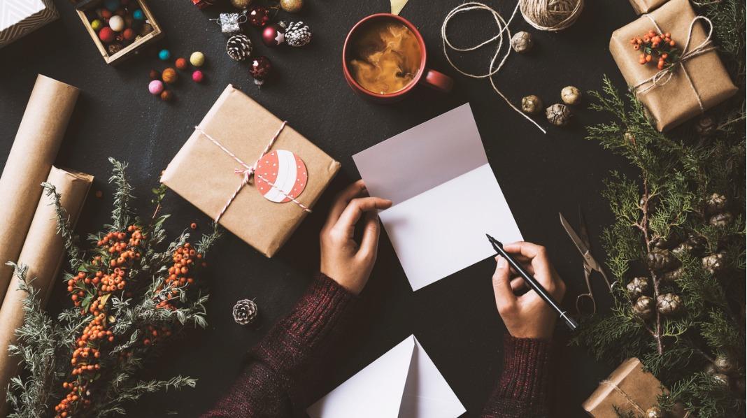 Hva skal du skrive på julekortet?