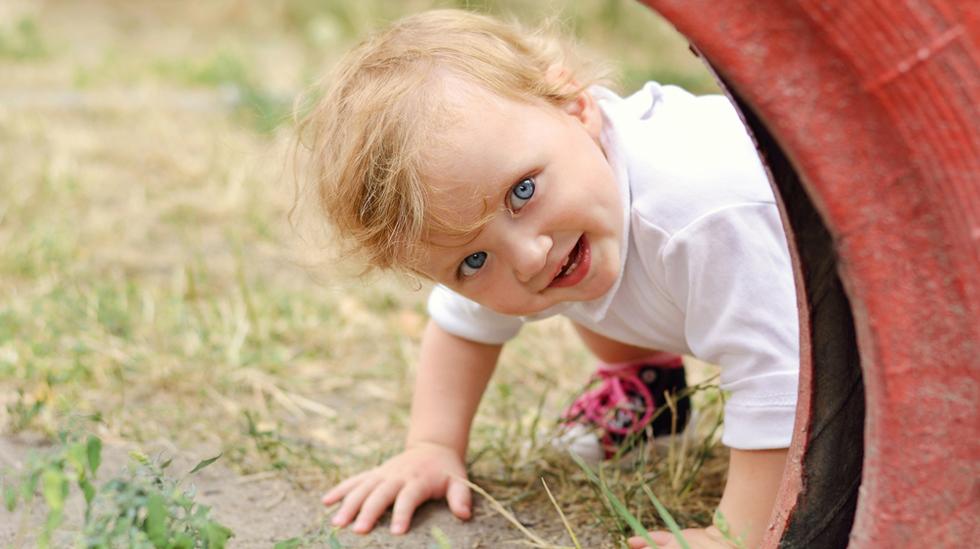Barn elsker oppmerksomhet. Men bør vi ikke egentlig lære dem at de ikke er midtpunktet hele tiden? Illustrasjonsfoto: Shutterstock
