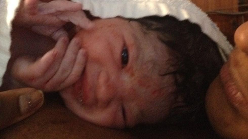 Her er Jenny Sofie bare noen få minutter gammel. Foto: privat