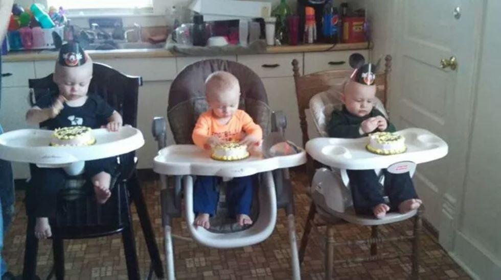 Trillingene Clyde, Thomas og Matthew fylte ett år i romjulen. Til sommeren blir de storebrødre til tvillinger. I tillegg venter fire storesøstre på nye småsøsken. Alle foto: privat