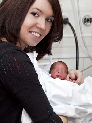 Det blir ofte en ganske annerledes start på foreldrerollen når babyen kommer til verden for tidlig.