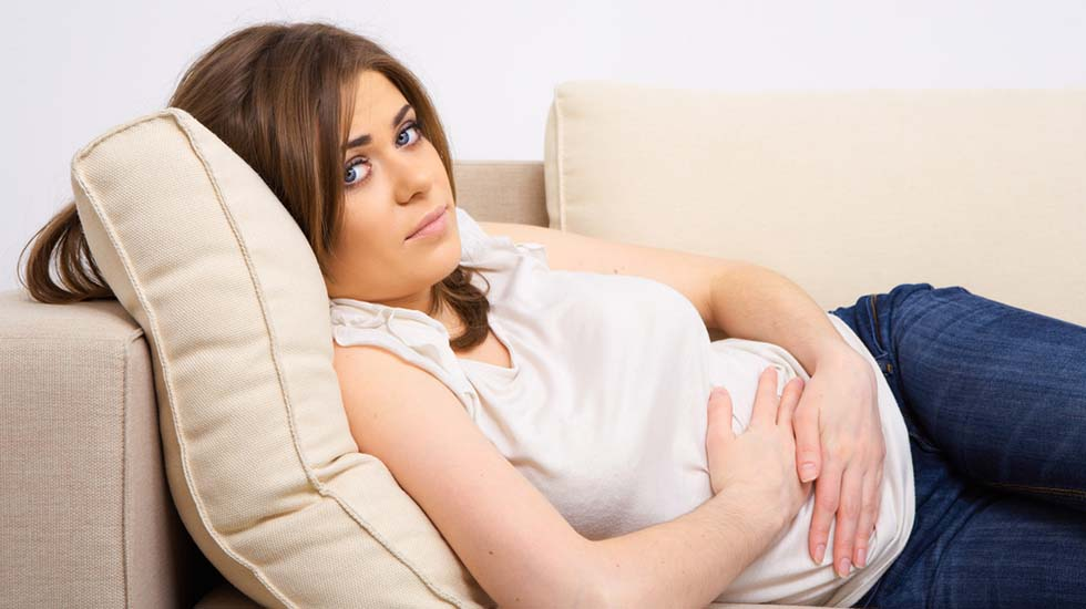 Blødning betyr ikke nødvendigvis spontanabort, men har du også magesmerter øker faren for at det går galt. Illustrasjonsfoto: Shutterstock