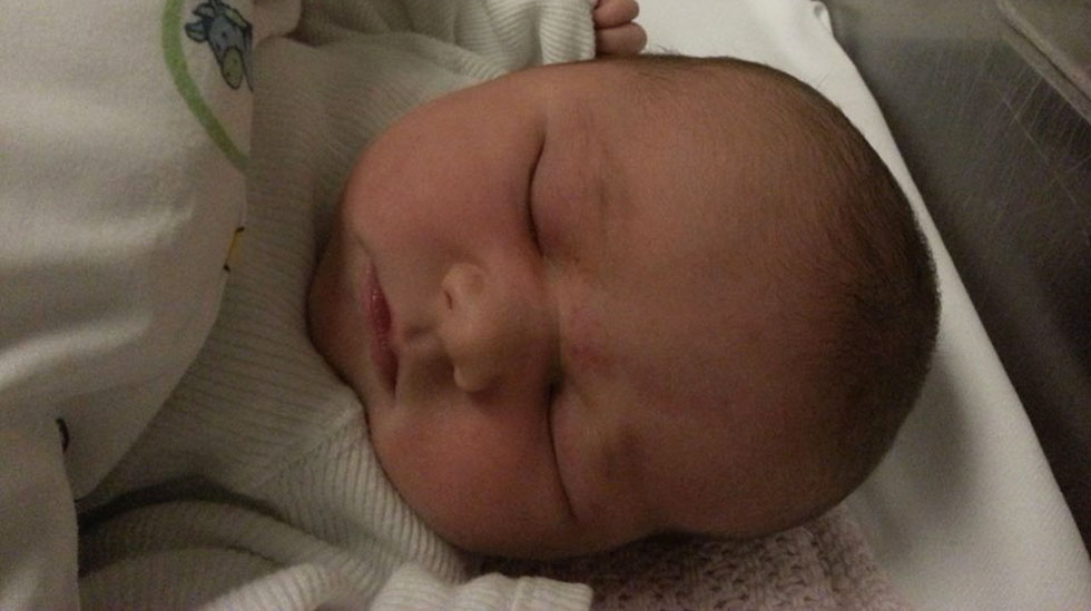 En kjapp, men heftig fødsel er overstått. Foto: privat