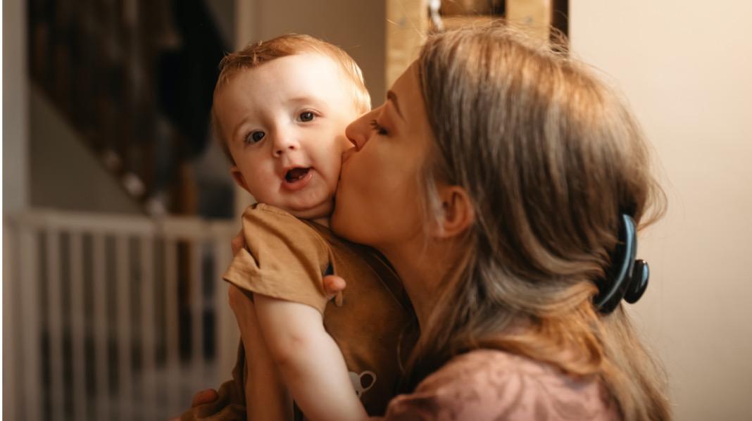 På mange måter er det bedre å være foreldre nå enn da våre foreldre og besteforeldre hadde små barn. Illustrasjonsfoto: iStock