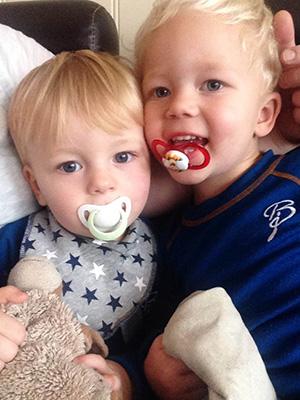Lucas og lillebror Marcus. Foto: privat