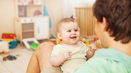 Babyen er et takknemlig publikum – den elsker stemmen din!