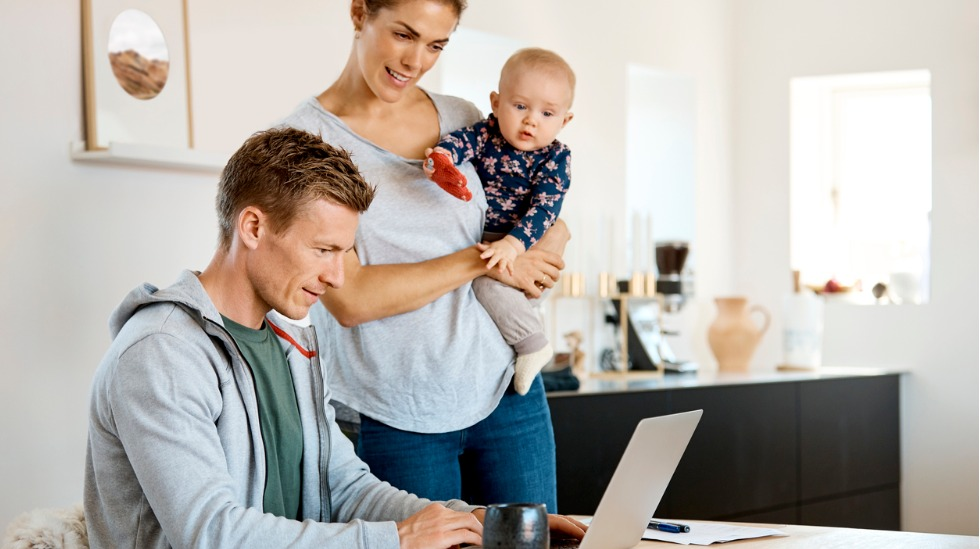 Å ha digitalt husholdningsbudsjett er supersmart, mener sjeføkonom Reid Krohn-Pettersen i Norsk Familieøkonomi.