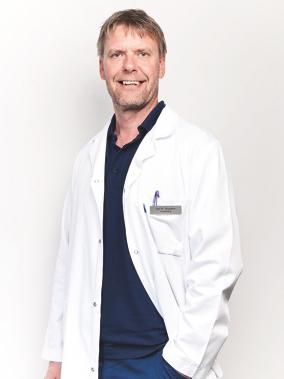 Klinikksjef Jon Hausken ved Klinikk Hausken. Foto: privat