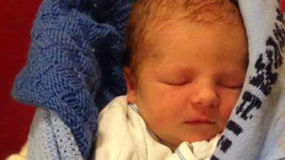 Nydelige lille Matheo var 3160 gram og 49 cm da han ble født. Foto: privat