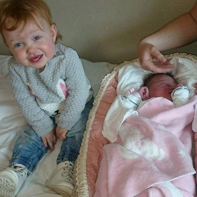 Emilie Isabelle og Leah Johanne. Foto: privat