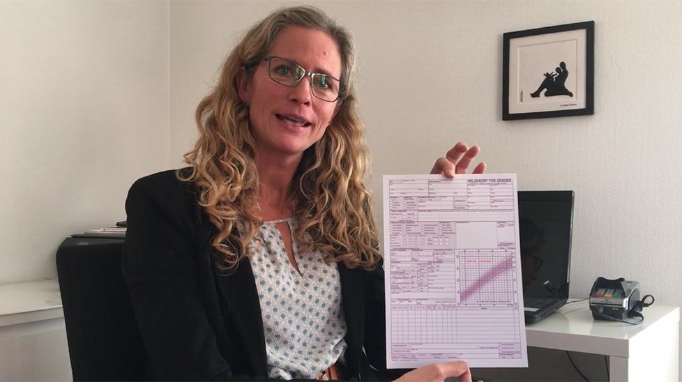 """Jordmor Ragna T. Larsen gir deg utfyllende forklaringer om """"Helsekort for gravide""""."""