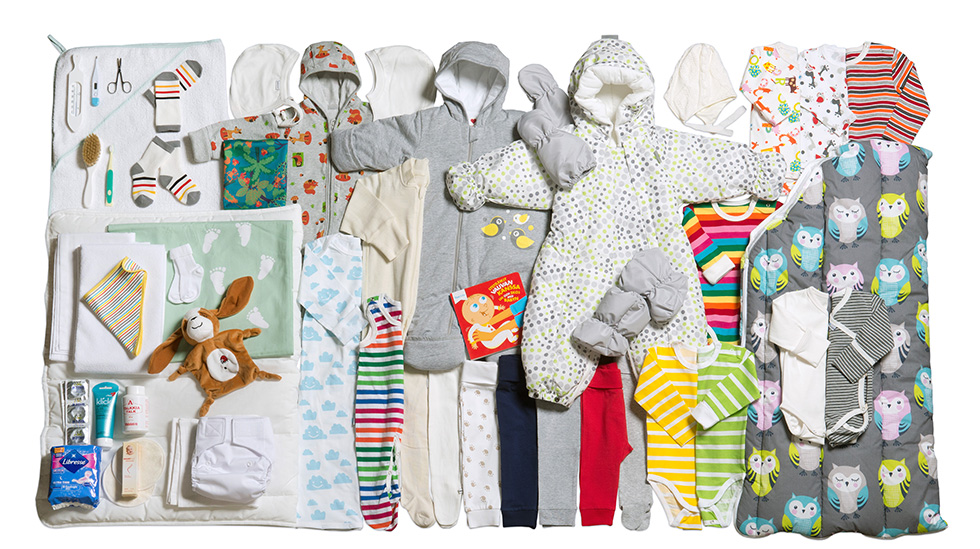 Mammapakken 2017 inneholder 53 ulike ting. Alle foto i artikkelen: Annika Söderblom © Kela