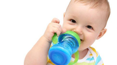 adc5499a Når begynne å gi barnet kumelk? | Nyheter | Babyverden.no