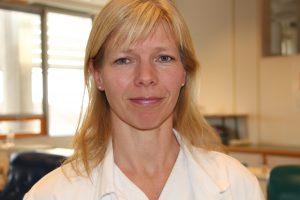 Lise Sofie Haug Nissen-Meyer, overlege og seksjonsleder for Blodbanken i Oslo. Foto: NRK