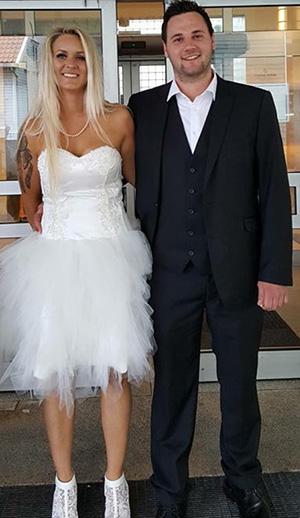 Marita og Stian på bryllupsdagen. Foto: privat
