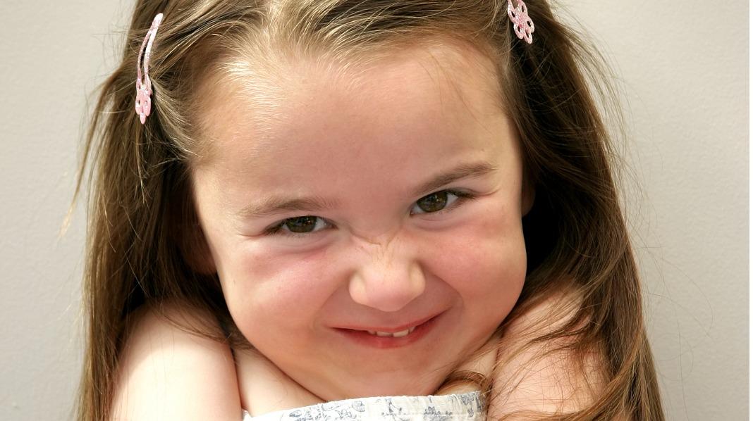 """""""Tante Emma er en hore!"""" Professor Finn-Erik Vinje mener det er greit at barna bruker kraftuttrykk som sjokkerer. Illustrasjonsfoto: iStock"""