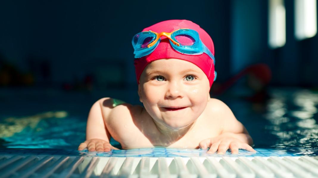 Lær barnet å svømme